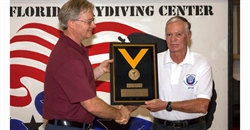Drive and Dedication—Kirk Knight, D-6709, Receives the USPA Gold Medal for Meritorious Service